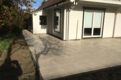 aanleg-terras-met-vijver-3
